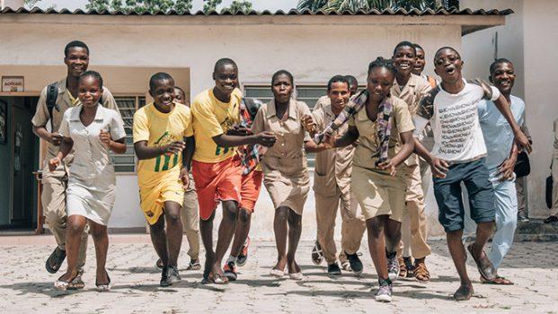 Benin-youth-UNFPA-621x350