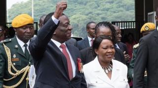 suur zembabwe president